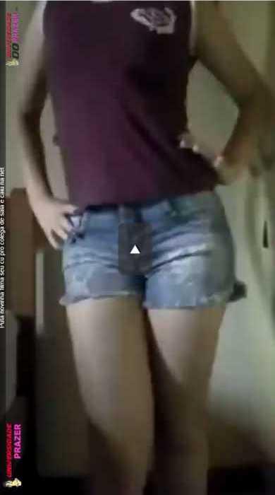 Puta novinha filma Seu cu pro colega de sala e Cai Na Net