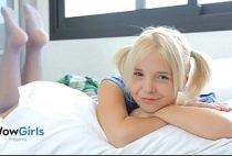 Xvideos romantico com novinha Monroe Baby transando