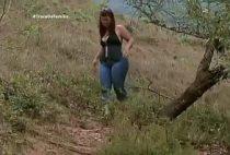 Porno gordinha transando no mato