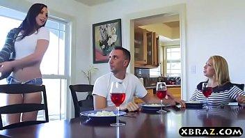 Comendo amiga gostosa da esposa