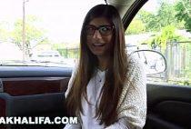 Porno Mia Khalifa videos porno com negão comendo novinha