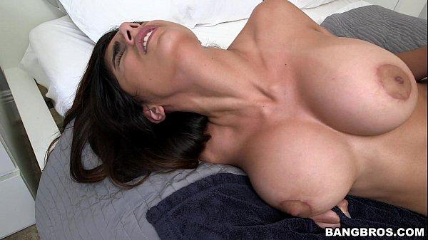 Sexo erótico da Mia Khalifa no xvidiosx porno