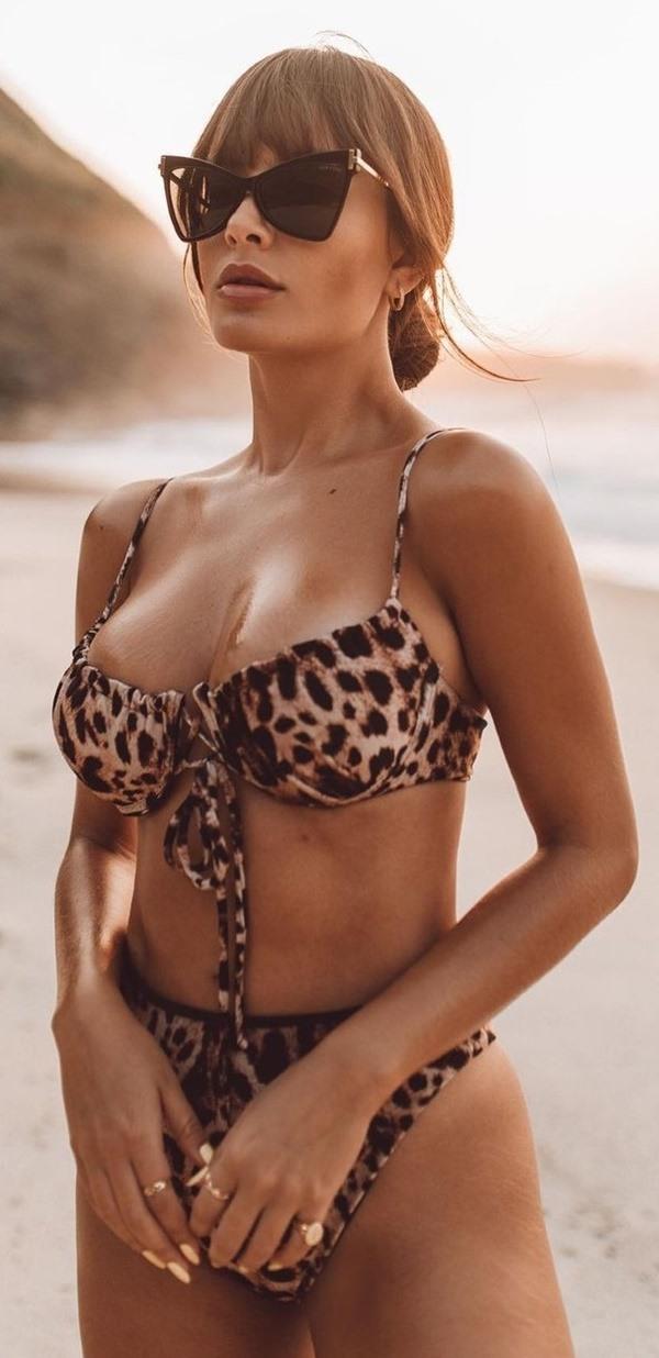 Thais pelada nua bbb21